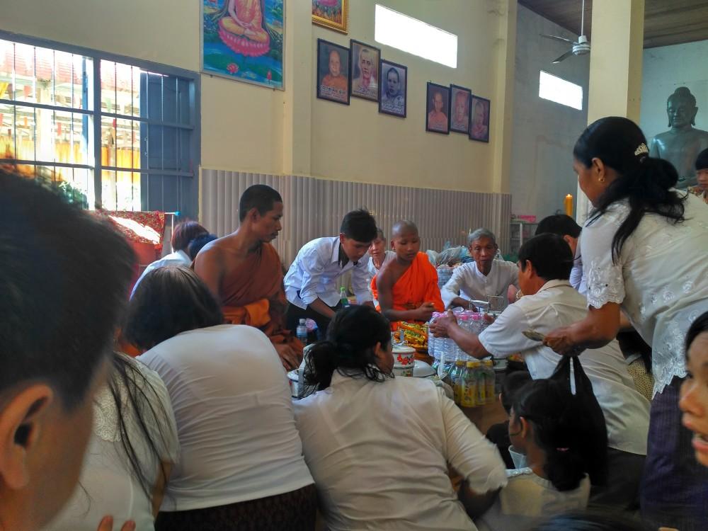 柬埔寨版清明节——亡人节 第8张