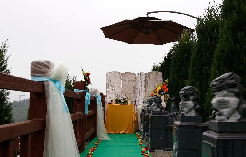 重庆龙居山陵园公墓 现代化安葬礼仪服务 第1张