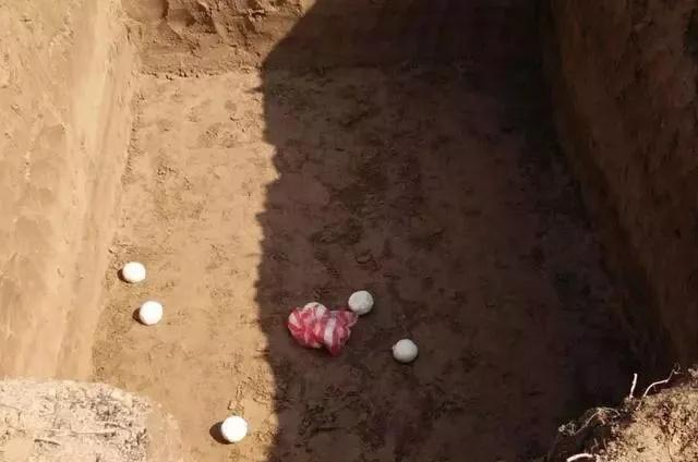 丧葬习俗:打墓 第3张